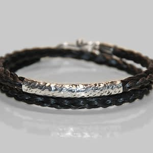 Viklearmbånd af hestehår m/sølvsmykke